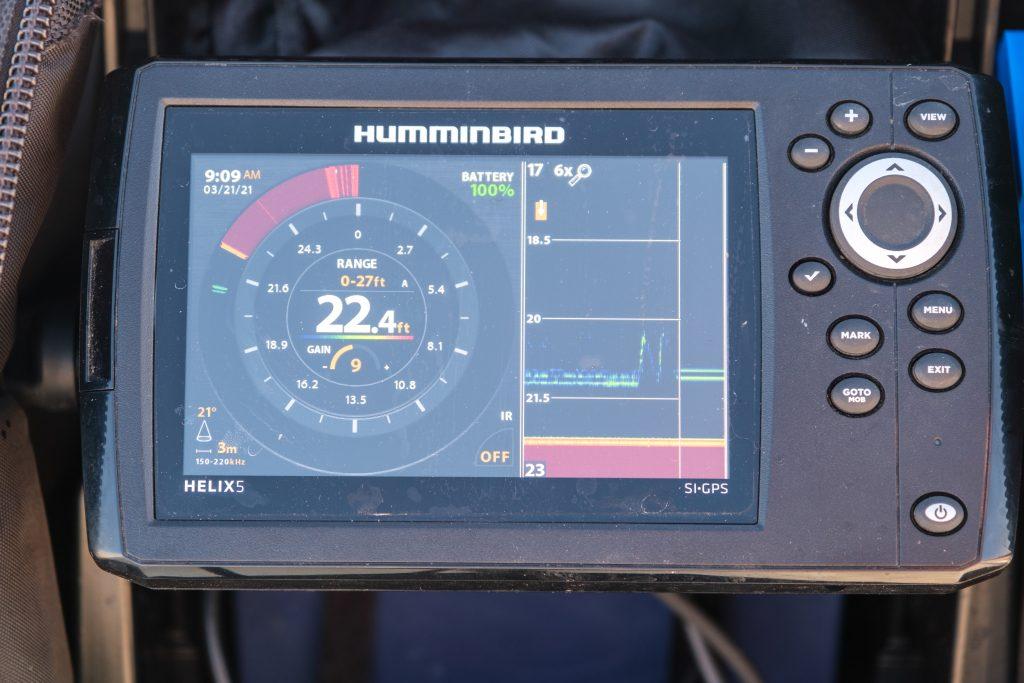 Humminbird Ice Helix 5 display