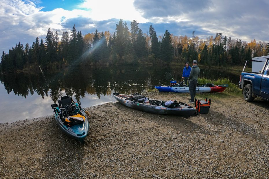 kayak rigging on the lake shore